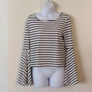 Worn once, black&White crop with bell sleeves